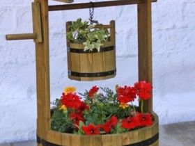 Decorative well with flowers