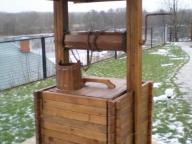 Stylish design wooden well