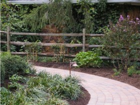 Garden path colonial design