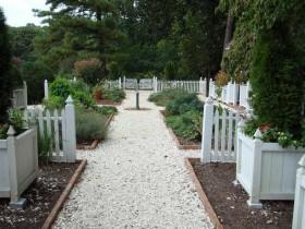 Садовыя дарожкі ў каланіяльным стылі