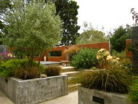 Колониальный садовый участок