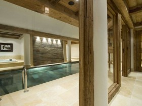 Rectangular indoor pool in the cottage