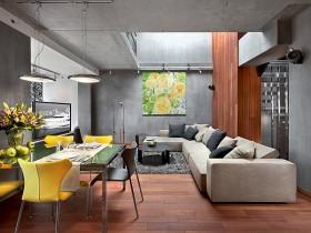 Большая совмещенная гостиная с белым угловым диваном в стиле конструктивизм (другой вид)