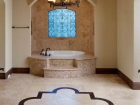 Bathroom with elements of Eastern and Roman style