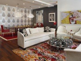 Living room with elements of kitsch