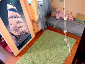 Design a child's room (the view from the top)