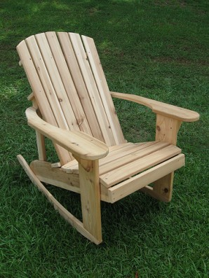 Make a rocking chair with your hands using video tutorial and tips from the experts