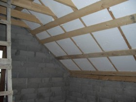 The roof insulation bath foam