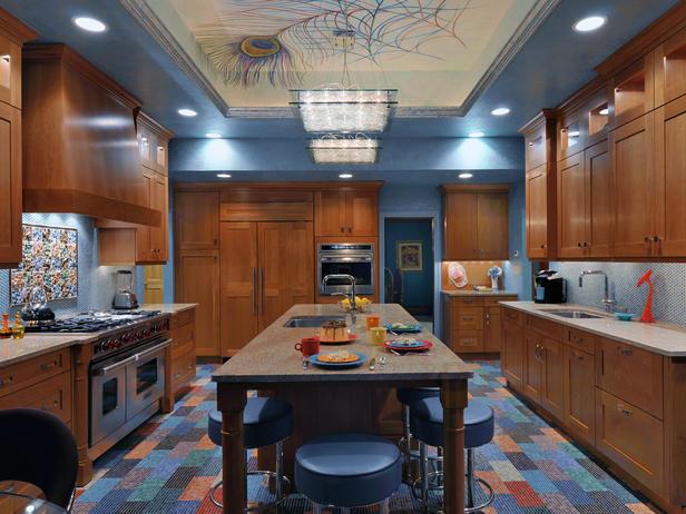 Дизайн потолка в интерьере кухни