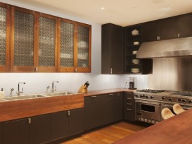 Small wooden kitchen in a contemporary style