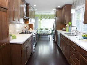 "Narrow oblong kitchen ""under the tree"""