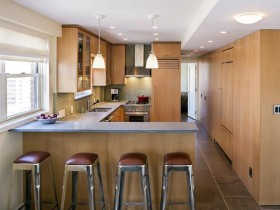 Kitchen wood with bright ceiling