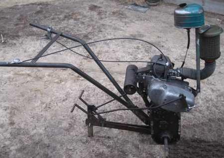 Культиватор с двигателем бензопилы