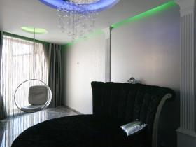 Стильная подсветка потолка в квартире