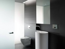 Black and white design bathroom