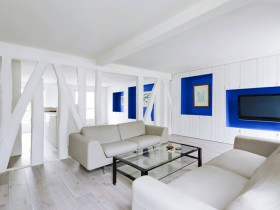 White living room in minimalist style