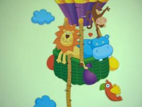 Ідея оформлення стіни в дитячій кімнаті