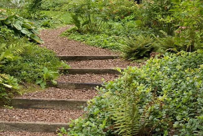Садовая лестница из грунта своими руками