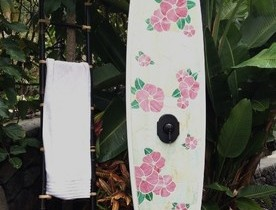 A summer shower from surfboards