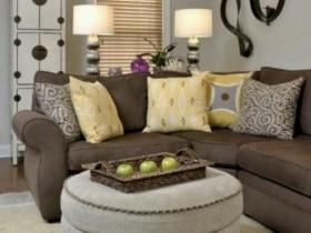 Маленькая гостиная с мягкой мебелью