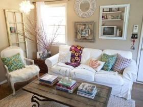 Красивый интерьер маленькой гостиной