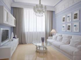 Светлое оформление маленькой гостиной