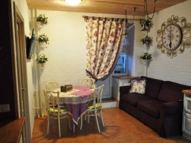 Интерьер небольшой совмещенной гостиной