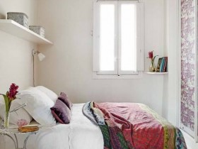 Interesting design small bedroom