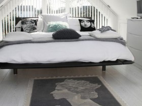 Interior black and white bedroom small size