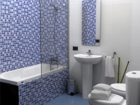 Small bathroom in blue color