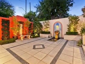 Moorish garden style