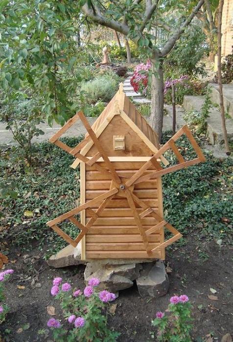 Декоративные мельницы для сада своими руками фото