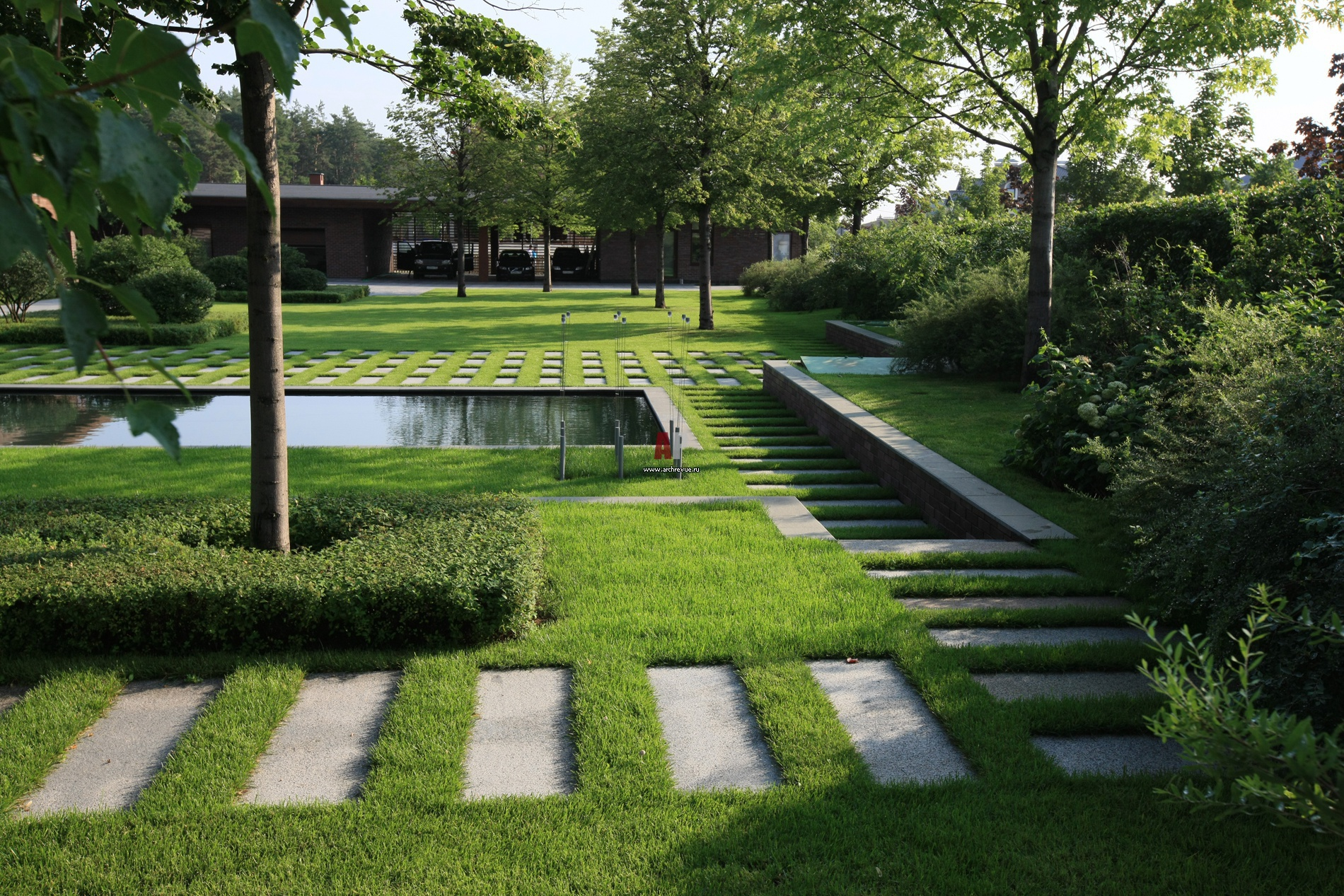 Лаконичные украшения для сада в стиле минимализма