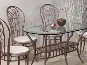 Table and chairs in modern style