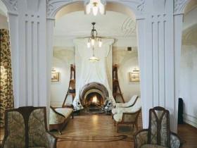 Гостиная с камином в стиле модерн