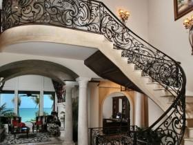 San'at Nouveau uslubi bilan staircase
