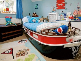 The idea of the design of the nursery in a marine style