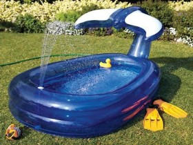 Creative children's pool