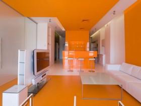 Apartment in orange color