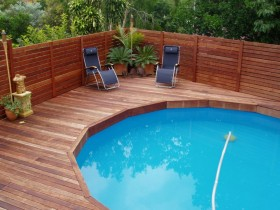 Outdoor pool made of wood