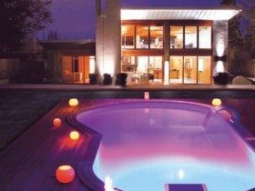 The pool at the cottage in romantic design