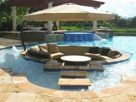 Idea pool design with lounge area
