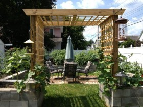 Cozy patio, protected by the pergola