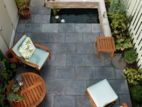 Patio in the style of minimalism