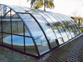 Стеклянный павильон для бассейна