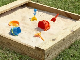 Песочница для сада своими руками
