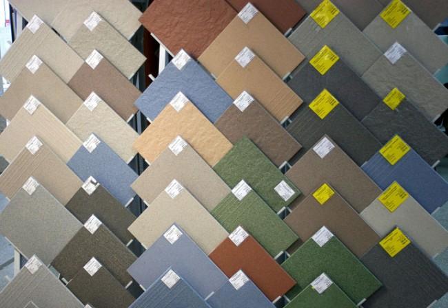 Разнообразность оттенков керамической плитки для бани