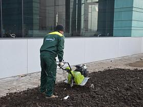 Использование мотокультиватора для обработки почвы