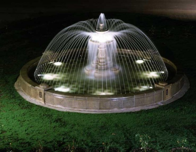 Подводная подсветка фонтана