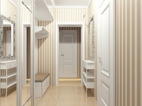 Bright entrance hall with wardrobe and mirror
